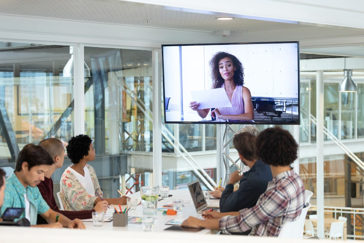5 benefits of a huddle space